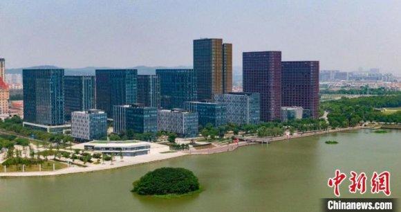 国产车三巨头齐聚南京:160亿合作拉开中国汽车